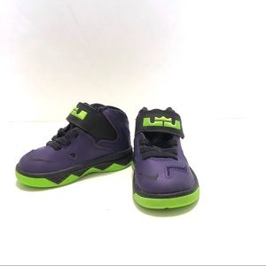 90efefe5c7430 Infant Toddler High Top Nike Sneakers Size 5 EUC